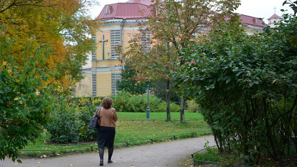 польский сад.набережная фонтанки 118.