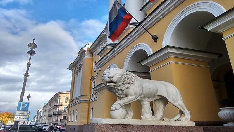 дом со львами лобанова-ростовского петербург
