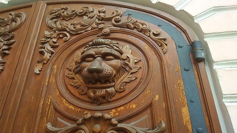ворота строгановского дворца