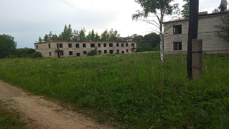 куммолово заброшенные здания