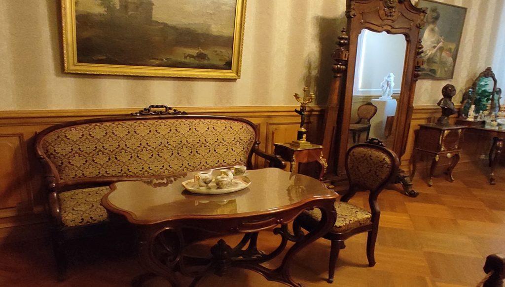 особняк румянцева университетская набережная 44